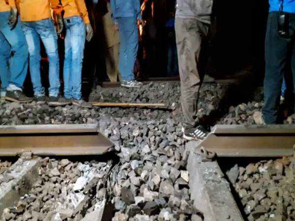 Amritsar Train Accident Pathankot Amritsar Dmu Train Driver