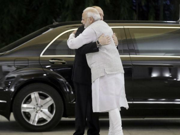 Russian President Vladimir Putin Met Prime Minister Narendra