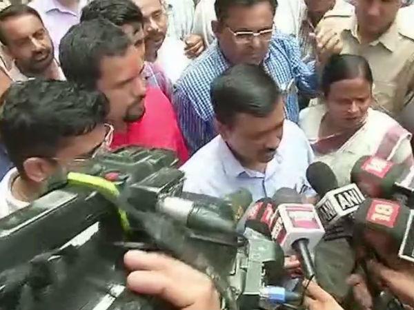 Man Reaches Arvind Kejriwal Janta Darbar With Live Bullet Arrested