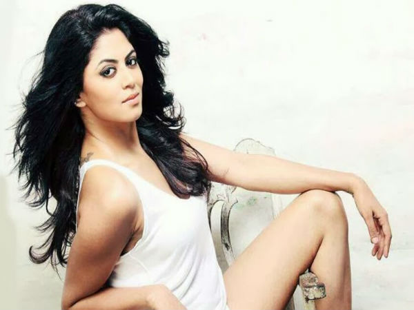 Fir Actress Kavita Kaushik Posted Bikini Pic Viral