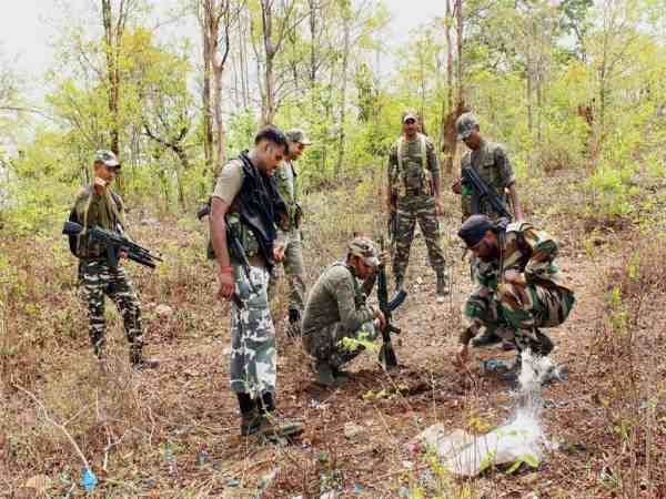 Naxals Killed A Operation Sukma Raipur Two Soilders Martyr