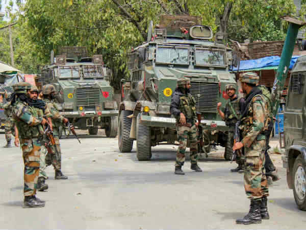 Encounter Breaks In Pulwama As 3 Terrorists Are Trapped Jamm