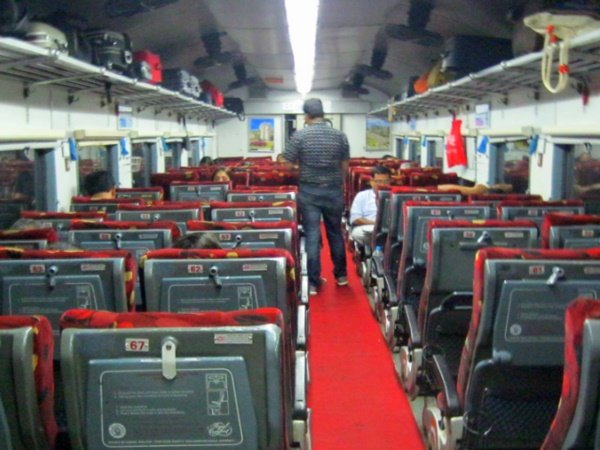Indian Railway Withdraw Flexi Fare Scheme From Some Premium Trains From March
