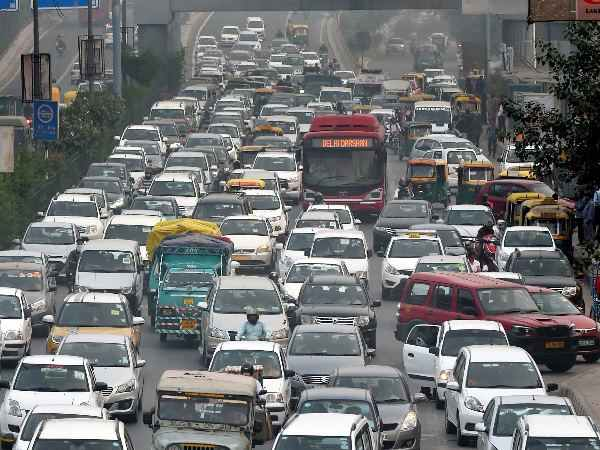 Delhi Pollution Delhi Govt Tells Sc 40 Lakh Vehicles