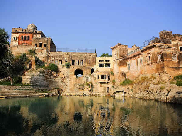 Know About Lord Shiva S Katasraj Temple Pakistan