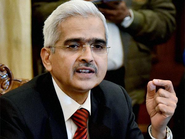 અર્થશાસ્ત્રીને બદલે ખરાબ રેકોર્ડવાળા રિટાયર્ડ IAS ઑફિસરને RBI ગવર્નરનું પદ