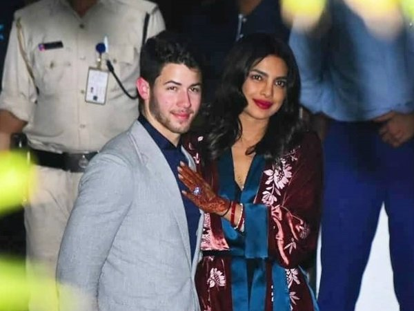 Priyanka Chopra Trolled Users After Post Romantic Pic With Nick Jonas