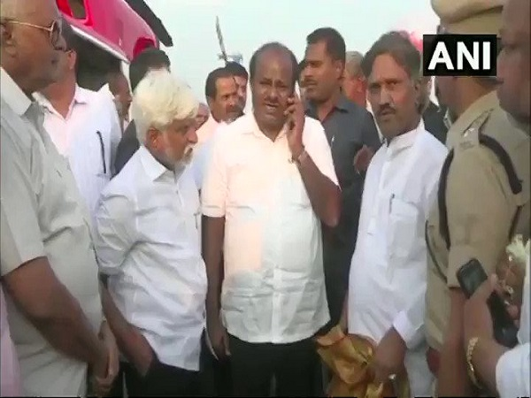 Hd Kumaraswamy Video Reportedly Saying Kill Assailants Mercilessly Shootout