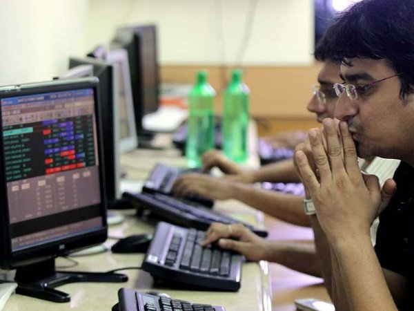 Equity Investors On Dalal Street Lost Rs 2 2 Lakh Crore On F