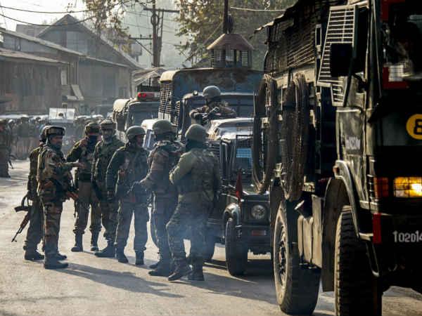 Indian Army Foils Major Attempt Pakistan S Bat Team Along Loc Nowgam Jammu Kashmir