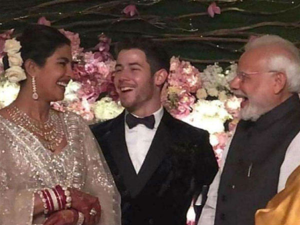 Video Priyanka Chopra Nick Jonas Delhi Wedding Reception Couple Poses With Pm Modi
