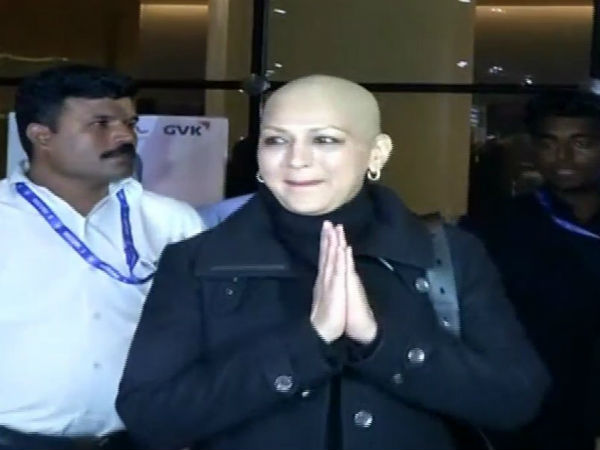 Sonali Bendre Returns Mumbai From New York After Treatment Cancer