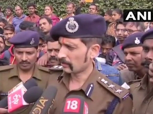 Bihar Daughter A Retired Inspector General Police Allegedly Committed Suicide