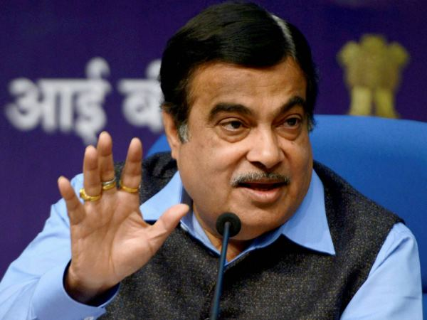 Nitin Gadkari Claims Ganga Will Be 100 Precent Clean March