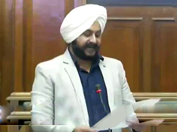 Aap Jarnail Singh Delhi Assembly Resolution Rajiv Gandhi Bharat Ratna Video