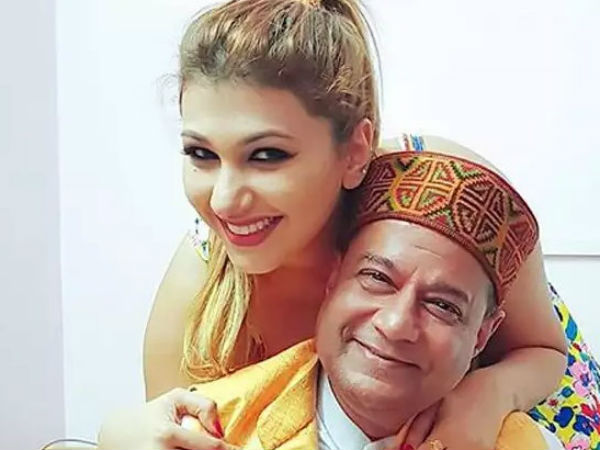 Bigg Boss 12 After Eviction Jasleen Matharu Calls Relationship With Anup Jalota A Prank