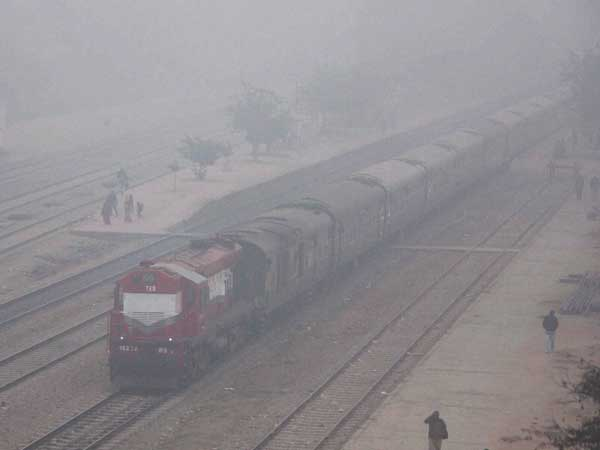 Very Chilled Morning North India Several Trains Ambala Division Delayed Due To Fog