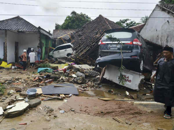 Indonesia Tsunami Death Toll From Volcano Triggered Tsunami Risen To