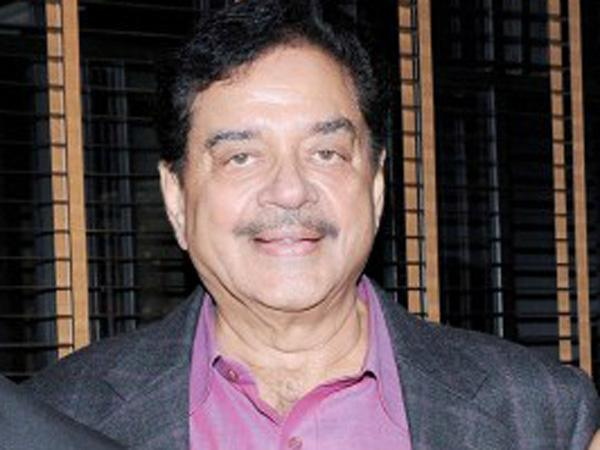Shatrughan Sinha Takes On Pm Narendra Modi Over His Interview Dares Him For Press Conference