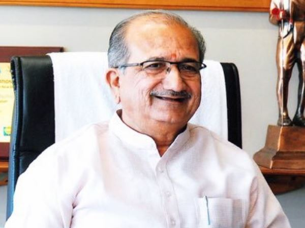Gujarat Education Minister Bhupendrasinh Chudasama Congratulate Asram For 14 February