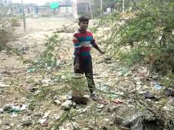 Hardoi Police Using Minor Children To Carry Wine