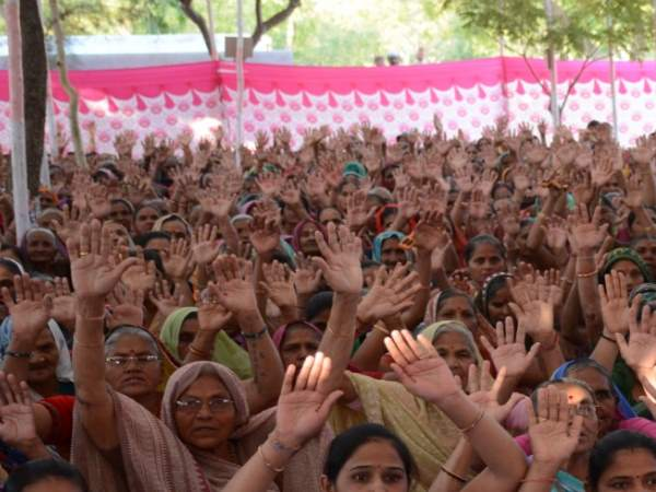 Ramkatha Is Organised The Villagers On Graveyard Place In Gujarat