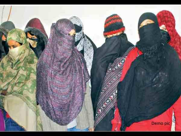 Maharashtra Police Arrested Five Women Flesh Trade Racket