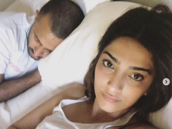 Sonam Kapoor Anand Ahuja Were Forced Sleep On The Floor Lond