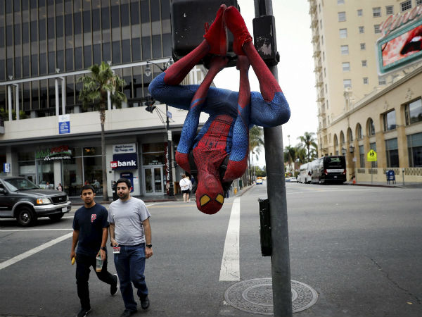 Man Quits Job At Bank Turns Up Spider Man Costume On Last Da