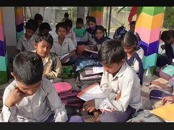 In This Gujarat Village Children Going Study At Risk Violent Animals