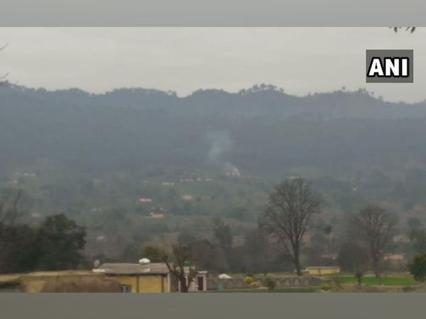 Pakistani Army Using Tanks On Loc Sialkot Sector Sources