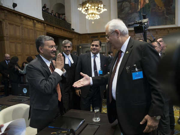 Kulbhushan Jadhav Case How Mea Officer Deepak Mittal Reacts At Icj Pakistan Ag During Hearing