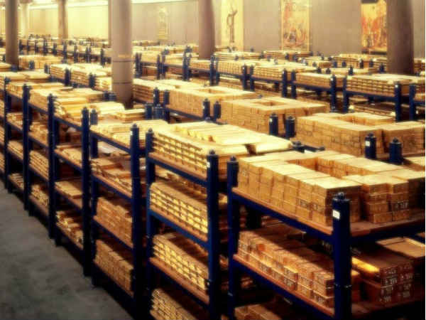 Gold Is Shining Once Again As Central Bankers Go On Buying Spree