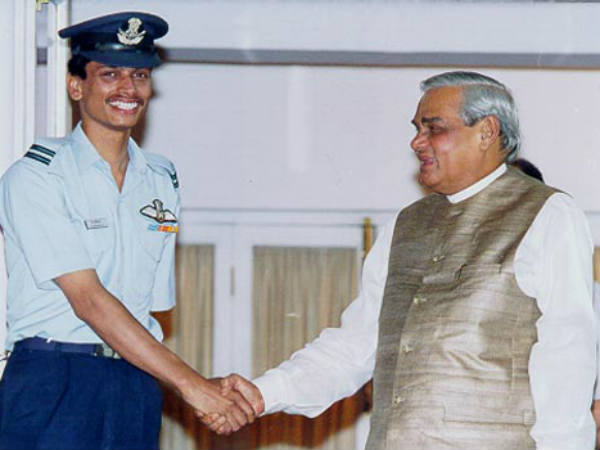 When Pakistan Captured Indian Pilot Flt Lt K Nachiketa During Kargil Wing Commander Abhinandan