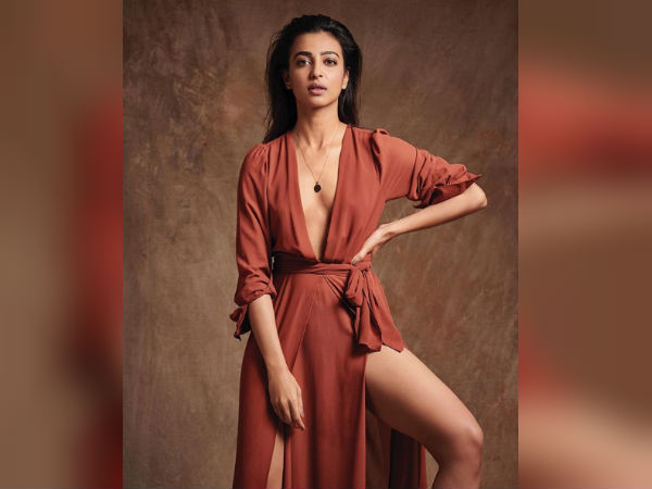 Radhika Apte Hot Sexy Pictures Gone Viral Users Trolls Her