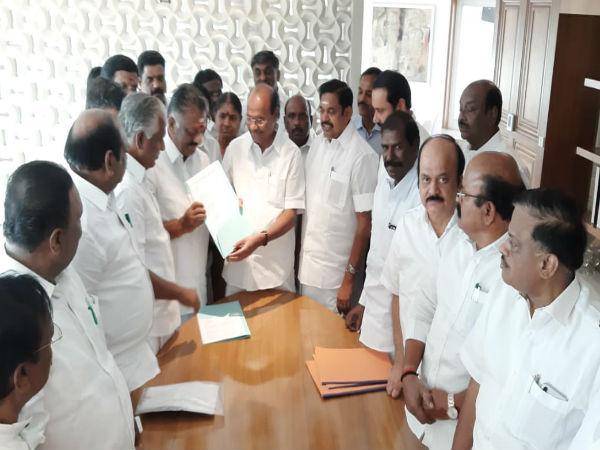 Tamilnadu Aiadmk Announces Alliance With Pmk Lok Sabha Elections