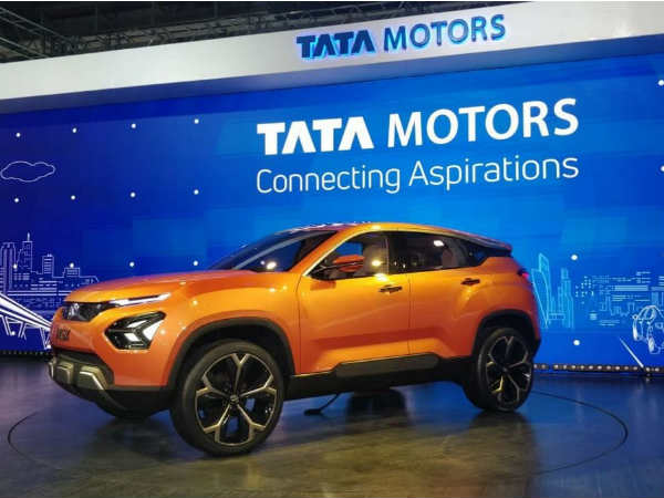 Tata Motors Suffered Huge Financial Loss Due Jlr Third Quarter