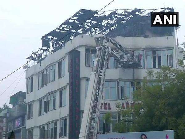 Fire Arpit Palace Hotel Delhi Karol Bagh At Least 17 People Died