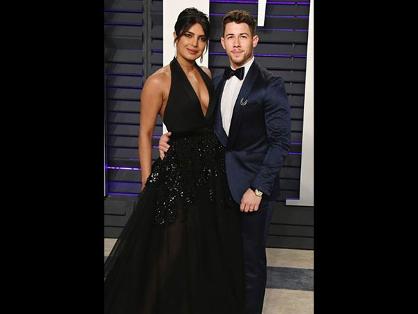 Priyanka Chopra Nick Jonas S Pda At Oscars After Party See Pics