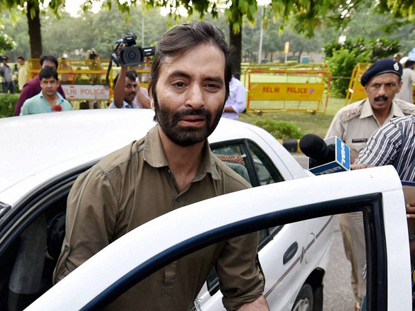Police Arrested Yasin Malik From Jammu Kashmir