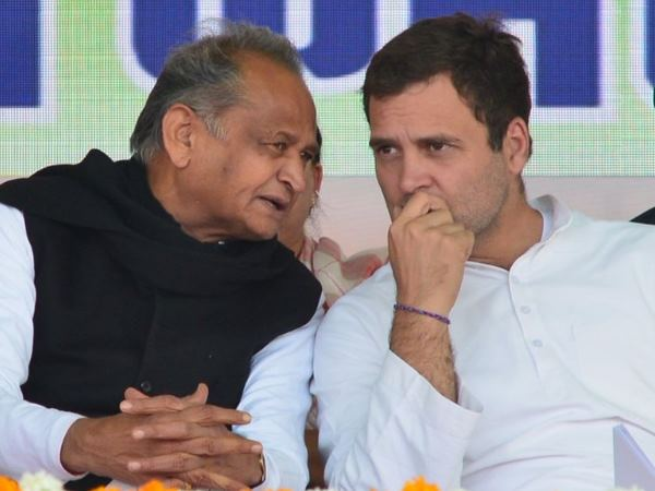 Ashok Gehlot Says Gandhi Family S Leadership Is Must Keep Congress United