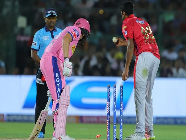 Ipl 2019 Shane Warne Gets Angry On Ashwin S Dirty Hitch