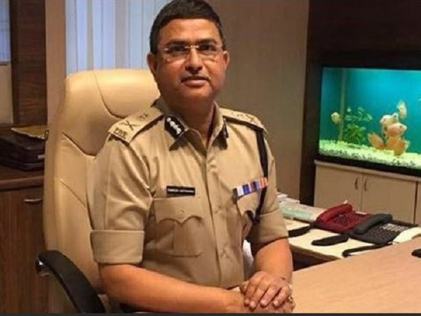 Ex Cbi Boss Rakesh Asthana Among Three Ips Officers Get Top Pay Scale