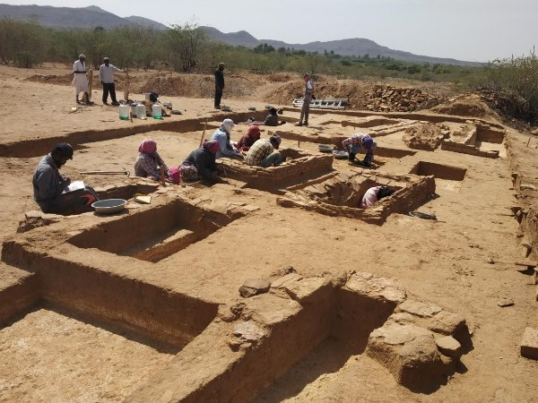Harappan Era S Five Thousand Year Old Cemetery Found In Kutch
