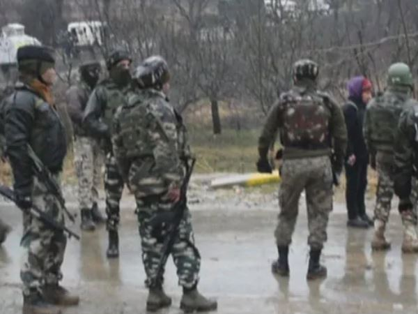 Security Personnel 1 Civilian Killed Encounter With Terrorists In Jammu Kashmir