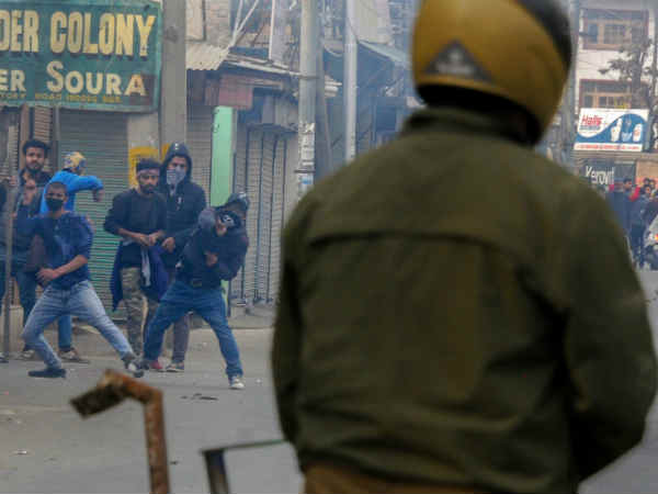 Militancy Hit Anantnag Constituency Jammu Kashmir Witness 3 Phase