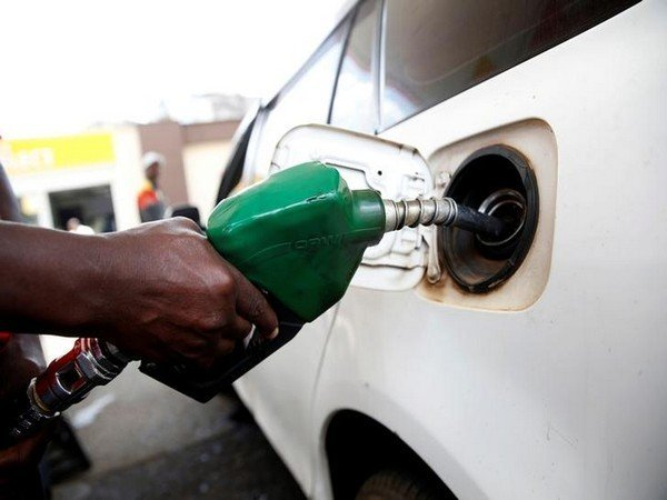 Petrol Is Being Retailed At Rs 72 78 Per Litre Delhi While Diesel