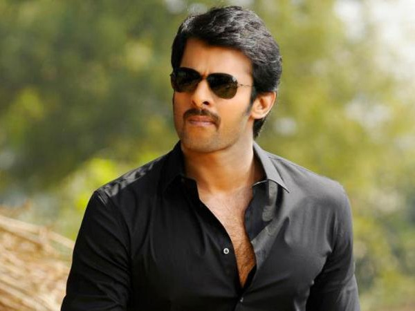 Prabhas Crazy Fan Slaps Him After Taking Photo At Airport