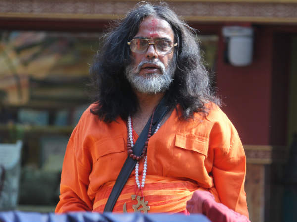 Lok Sabha Elections 2019 Self Proclaimed Godman Swami Om To Contest From New Delhi