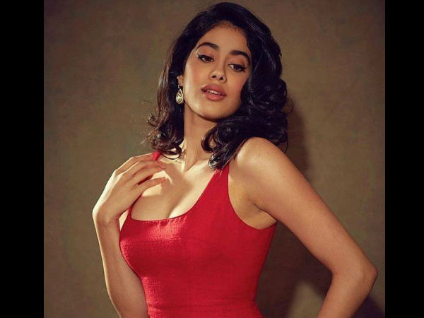 Janhvi Kapoor Replies Back On Being Trolled For Repeating Outfits